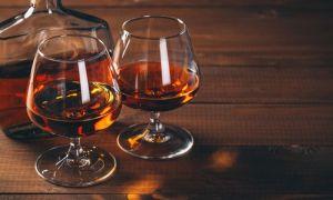 Как выбрать коньяк — свойства напитка и полезные советы