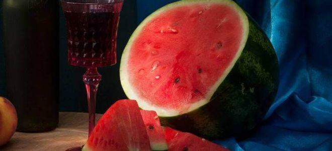 Настойка из арбуза с водкой: простой рецепт приготовления в домашних условиях