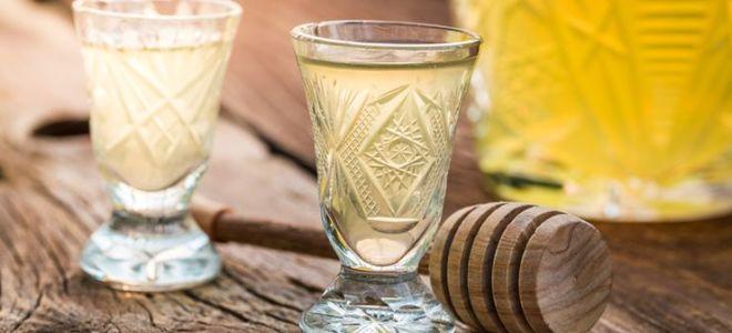 Водка с мёдом от простуды