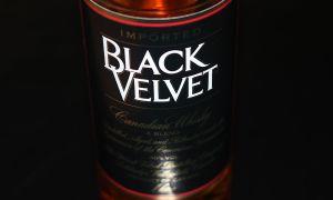 Виски «Блэк Вельвет» — описание, история и виды напитка