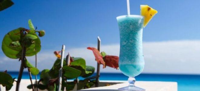 Готовим коктейль Голубая Лагуна по классическому рецепту в домашних условиях