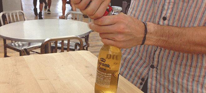 Как открыть пиво зажигалкой и другими предметами
