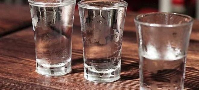 Как приготовить водку из спирта в домашних условиях